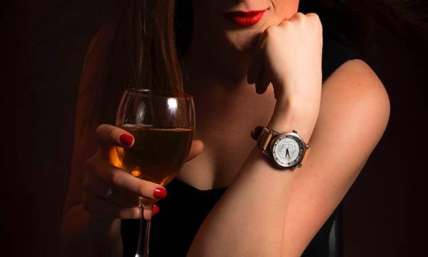 ワイン女性デート