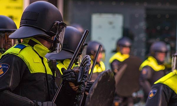 警察 オランダ