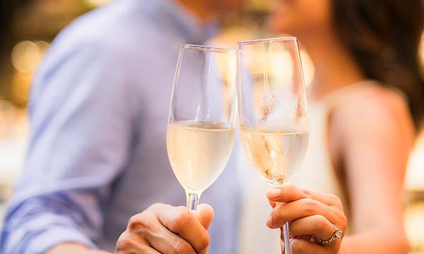 ワインカップル