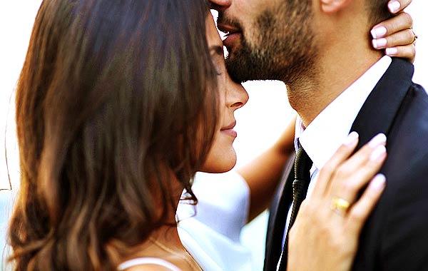カップル 情熱 結婚