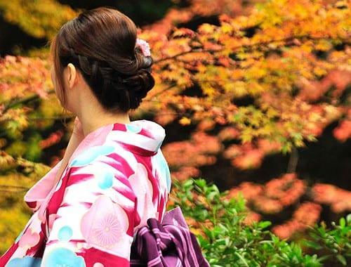 着物の女性 日本