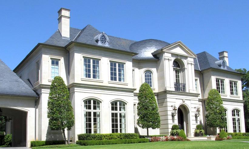 白い大豪邸
