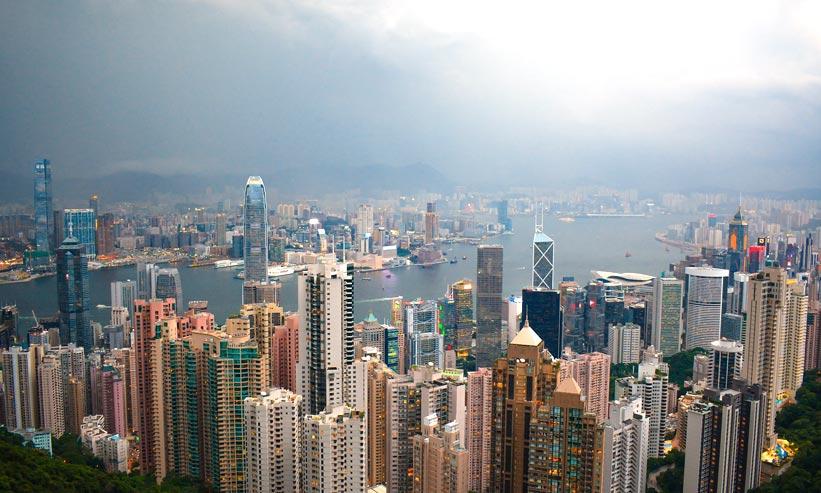 空から見た香港の街並み