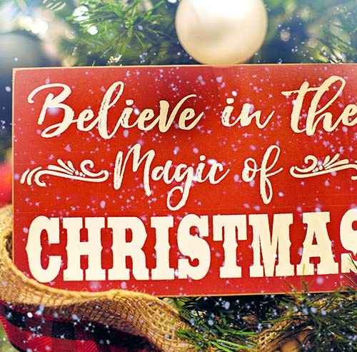 CHRISTMASと書かれたカード