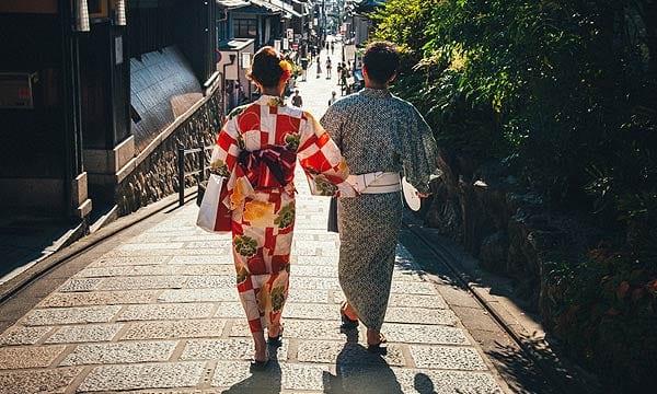 日本女性と日本人男性