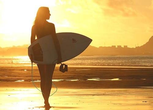 サーファー 女性