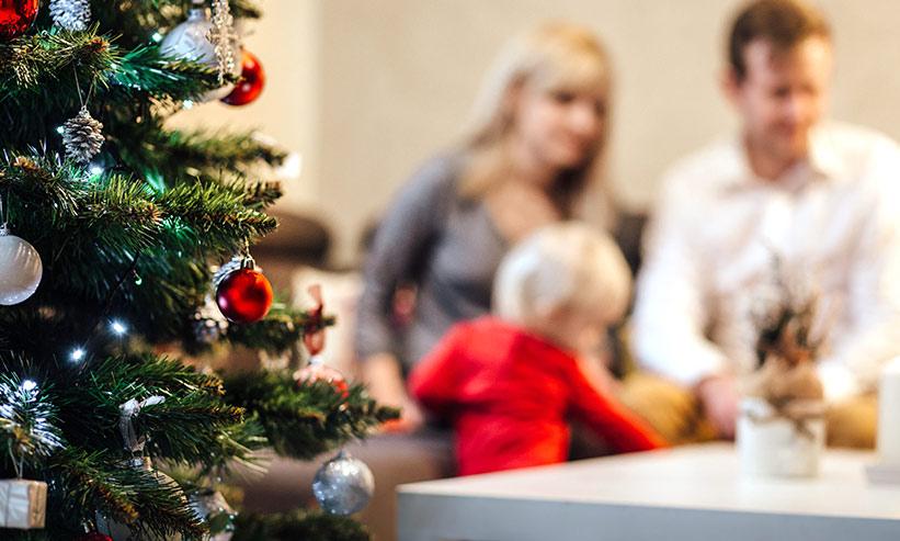 クリスマスの家庭の様子