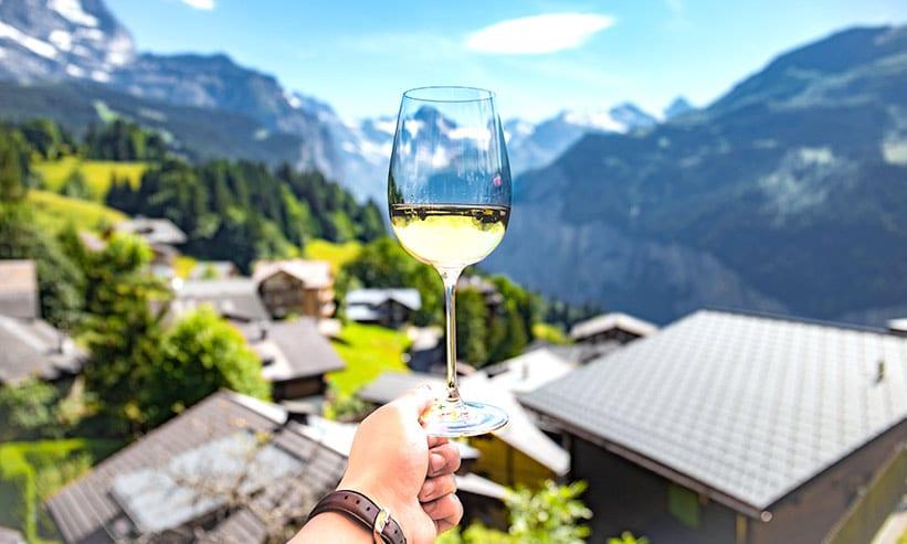 絶景と白ワイン